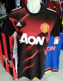 Jual Jersey Pre Match Manchester United 2017/2018 di toko jersey jogja sumacomp, murah berkualitas