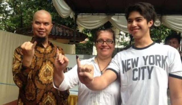 Dhani usai nyoblos: Jelas pilih nomor 3, biar Prabowo jadi Presiden