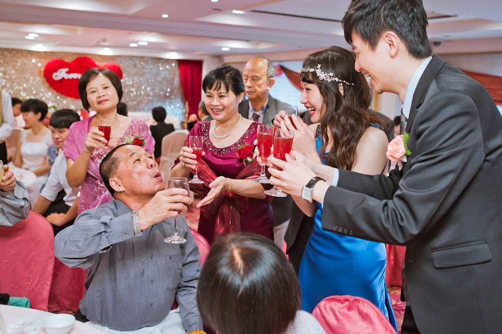 歐華酒店婚宴歐華酒店菜色價位捷運婚禮歐華菜色桌數停車婚禮歌曲婚禮佈置歌曲風格錄影婚禮小物穿搭影片紅包