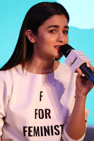 Alia Bhatt looks super cute in T Shirt   IMG 7705.JPG