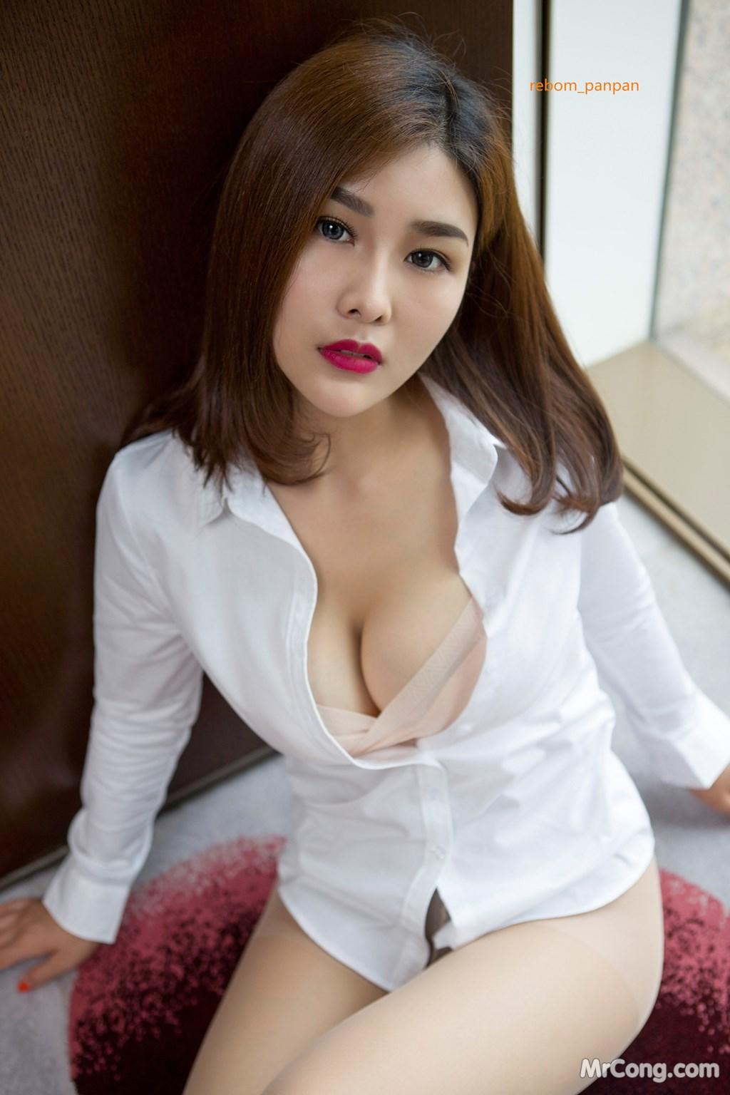 Image Yan-Pan-Pan-Part-4-MrCong.com-009 in post Người đẹp Yan Pan Pan (闫盼盼) hờ hững khoe vòng một trên giường ngủ (40 ảnh)