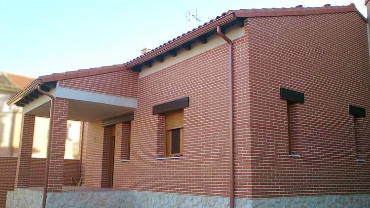 proyecto de vivienda unifamiliar con caldera de biomasa - fachada