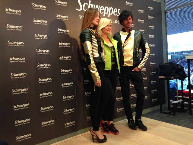 Maya Hansen Schweppes Ginger Ale bikers fashion Esencia Trendy look style stylist