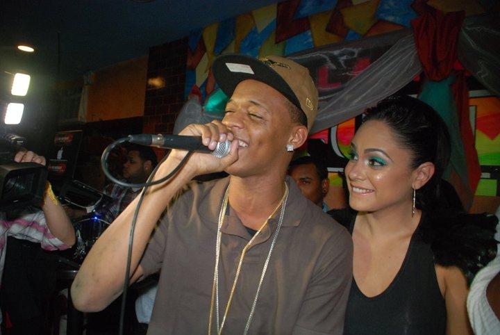 Figueroa agosto dando singando con varias de sus mujeres video porno5 - 4 7