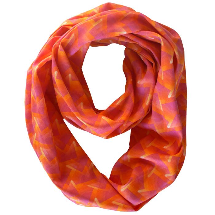 http://beaumondeorganics.com/organic-infinity-scarves/?sort=featured&page=2