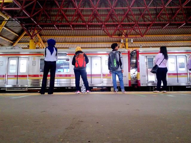 Cara Menuju Pasar Minggu Dari Tangerang Memakai Commuter Line