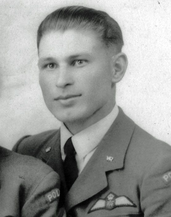 29 July 1940 worldwartwo.filminspector.com Polish pilot