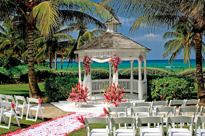 Gazebo Wedding Picture