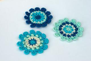 Crochet pompom flower by TomToy