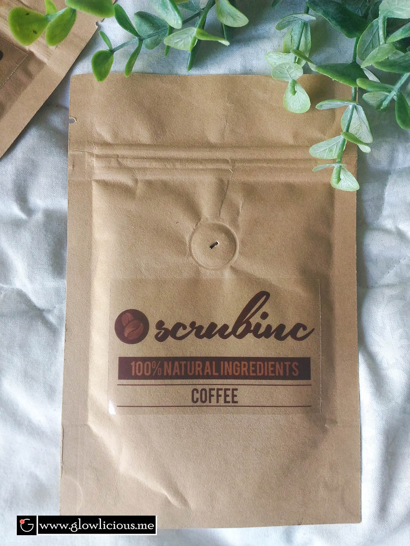 Scrubinc Coffee Body Scrub's Review and Photos  Hello Beauties,  Di postingan kali ini aku mau share pengalamanku menggunakan Scrubinc Coffee Body Scrub. Mungkin kalau kalian memperhatikan artikel - artikel review yang lainnya, aku sangat senang dengan segala sesuatu yang berhubungan dengan produk natural :).  Nah, kebetulan banget Scrub Inc berbaik hati mengirimkan aku beberapa produk natural Coffee Body Scrub untuk direview.  Sekilas Tentang Brand ScrubInc Brand ScrubInc merupakan brand lokal asli Indonesia yang memproduksi produk natural Coffee Body Scrub.  Body Scrub membantu mengangkat sel-sel kulit mati, mengangkat kotoran yang menyumbat pori kulit sekaligus membukanya agar kulit bisa bernapas. Sehingga ketika menggunakan pelembab seperti body butter atau body souffle atau body lotion, kulit dapat menyerap dengan baik. Percuma dong udah rajin pake produk body care lainnya, tapi kalo kulit tubuhnya tersumbat, ya sia - sia deh ;(.  Packaging Kalau dari segi packaging, im totally in love aku suka banget. Packaging dalam wadah berwarna Coklat yang terbuat dari kertas tebal untuk isi 50gr. Design packagingnya simple but elegant. Terdapat seal pada bagian atas packaging, jadi kalau masih ada sisa scrub bisa diseal dan simpan di tempat yang kering dan terhindar dari sinar matahari langsung.  Ingredients Fresh ground coffee, extra virgin coconut oil, coconut sugar, ground cinnamon  Texture & Scent ScrubInc Body Scrub Coffee ini bertekstur bubuk sedikit rada kasar dan memiliki aroma kopi dan kayu manis. Im in love sama aromanya, enak dan nyaman di hidung.  Cara Pemakaian  1. Ambil bubuk scrub secukupnya dan campurkan dengan sedikit air  2. Usapkan ke tubuh dengan gerakan memutar.  3. Dan setelah selesai, you dont have to wait ya:) Jadi bisa langsung dibilas dengan air hangat.  My Experince? Bisa dibilang body scrub dari ScrubInc ini menjadi salah satu scrub favorit aku saat ini. Aku rasa teksturnya pas banget untuk dijadiin scrub, bisa membantu mengikis daki - daki #ma