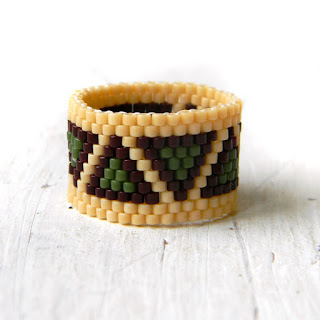 Кольцо из бисера - этно-кольцо с узором купить россия