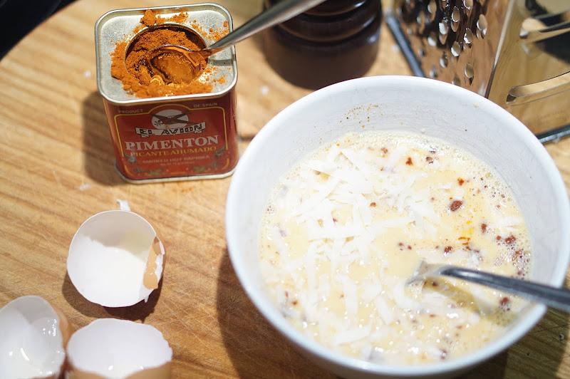 Chorizo-Paprika-Quiche - Eier-Milch-Mischung