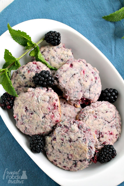 Sweet summer berries are the star of the show in these simple & easy to make Blackberries & Cream Biscuits.