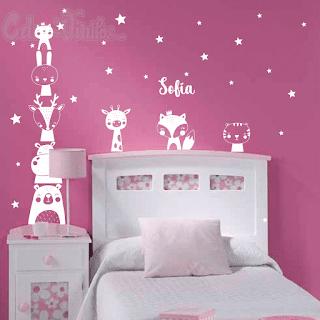 Vinilo animalitos nordicos estrellas nombre, decoracion nordica para niños, decoracion nordica para dormitorio