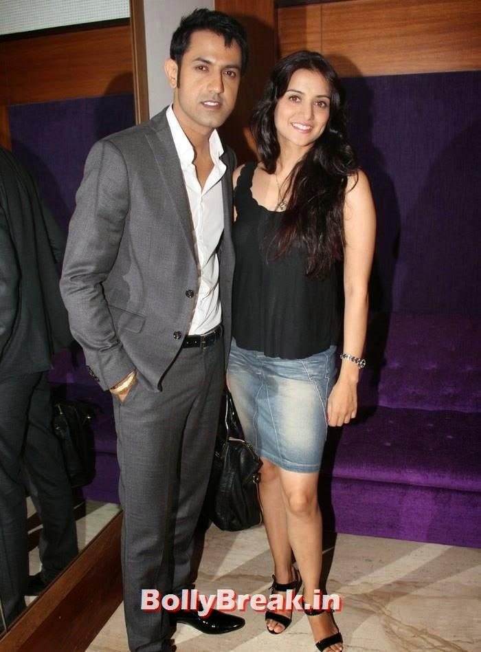 Gippy Grewal, Kulraj Randhawa, Pics from Punjabi Movie 'Double Di Trouble' Special Screening