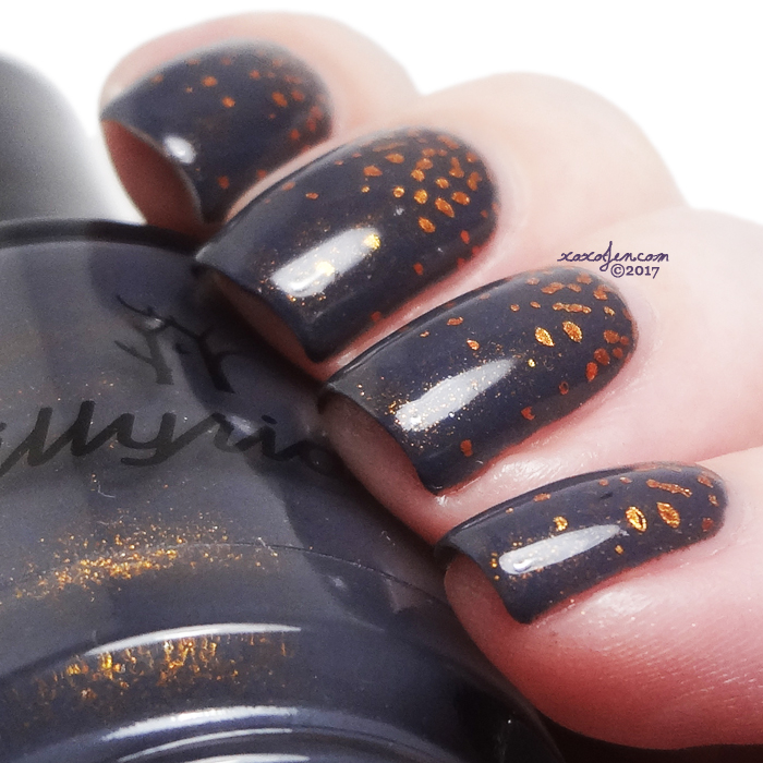 xoxoJen's swatch of Illyrian Gold Lion stamping nail art