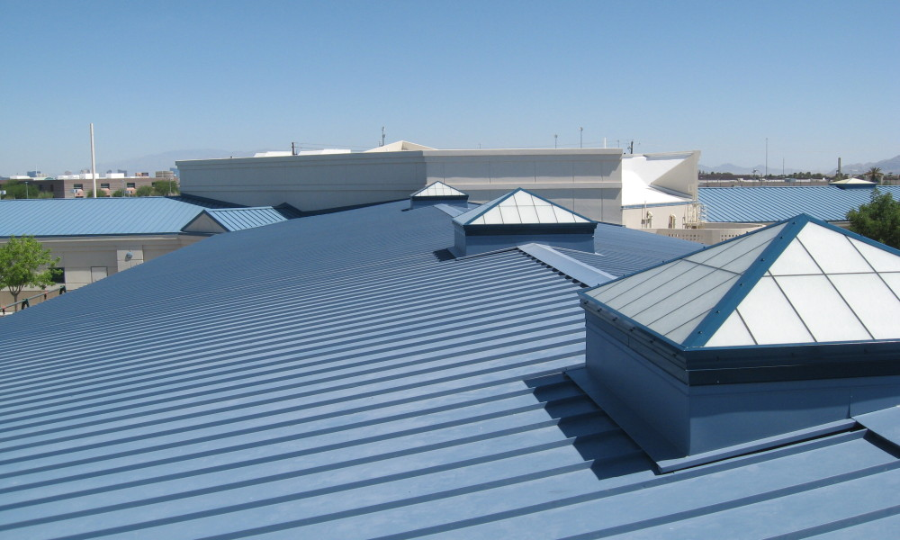 Easy Ways For Polycarbonate Roofing Sheet Installation | Gallina India