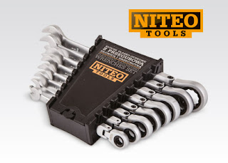 Zestaw kluczy przegubowych Cr-V z grzechotką Niteo Tools z Biedronki