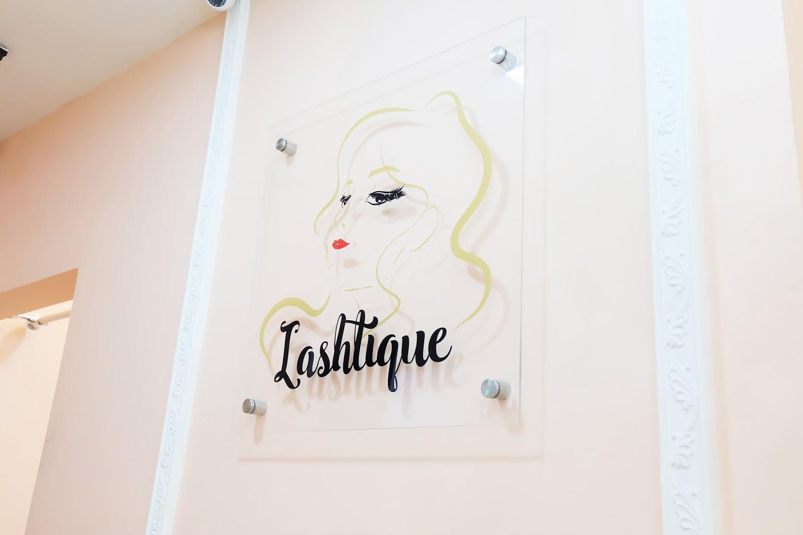 c575e9ed37c Akhirnya aku mempercayakan pengalaman eyelashes extensions pertama aku di  Lashtique. Lashtique ini termasuk ke dalam International Eyelash Designers  ...