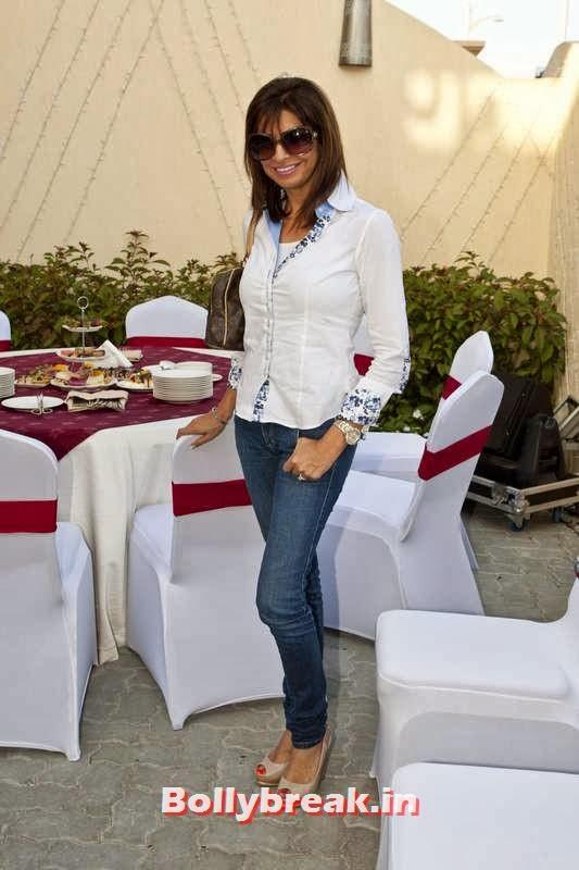 Nira mapara, Jacqueline Fernandez in Dubai