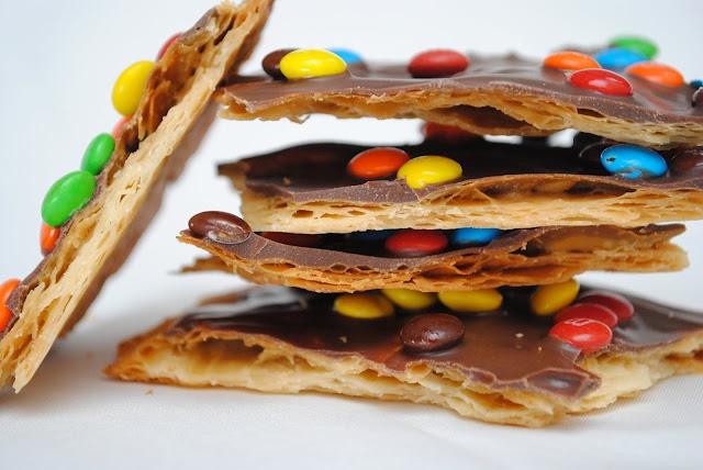 Pie Crust Bark } Crazy for Crust