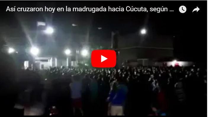 Cientos de venezolanos huyen a Cúcuta de madrugada