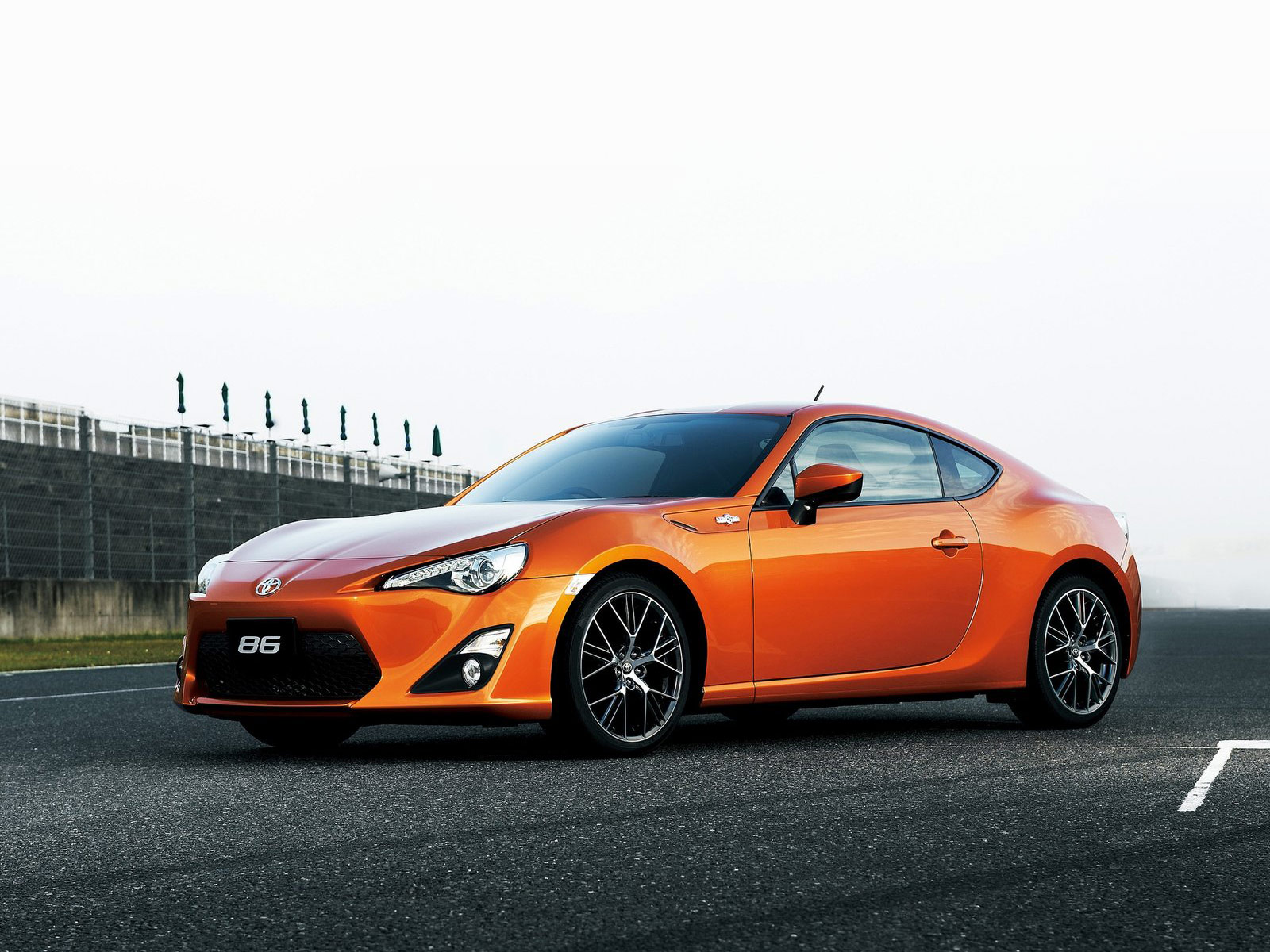 2013 TOYOTA GT86 Auto Insurance Information