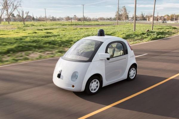 جوجل تتلقى خبرا سيئا بشأن سيارتها الذكية ذاتية القيادة Google car