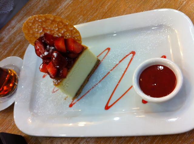 timboo cafe armada cheesecake