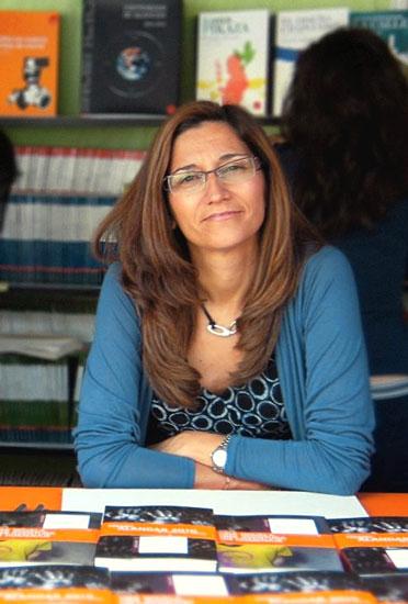 Escritora Rosa Huertas