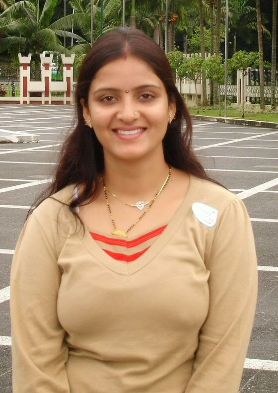 Newly Married Indian Beautiful Cute Girls Photos -6540