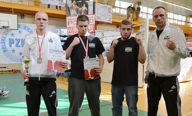 """low kick, Mistrzostwa, Zielona Góra, kickboxing, junior, sport, Adam """"RUDY"""" Hirko, Michał Jarząbek, Tomasz Stachowiak,"""