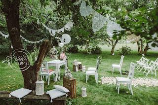 Plenerowy ślub z motywem koronek