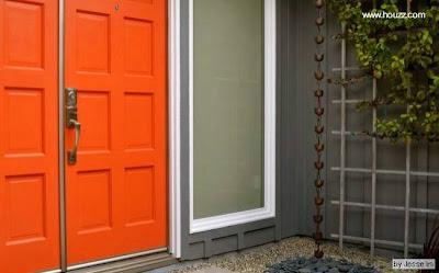 Puerta de acceso a una residencia