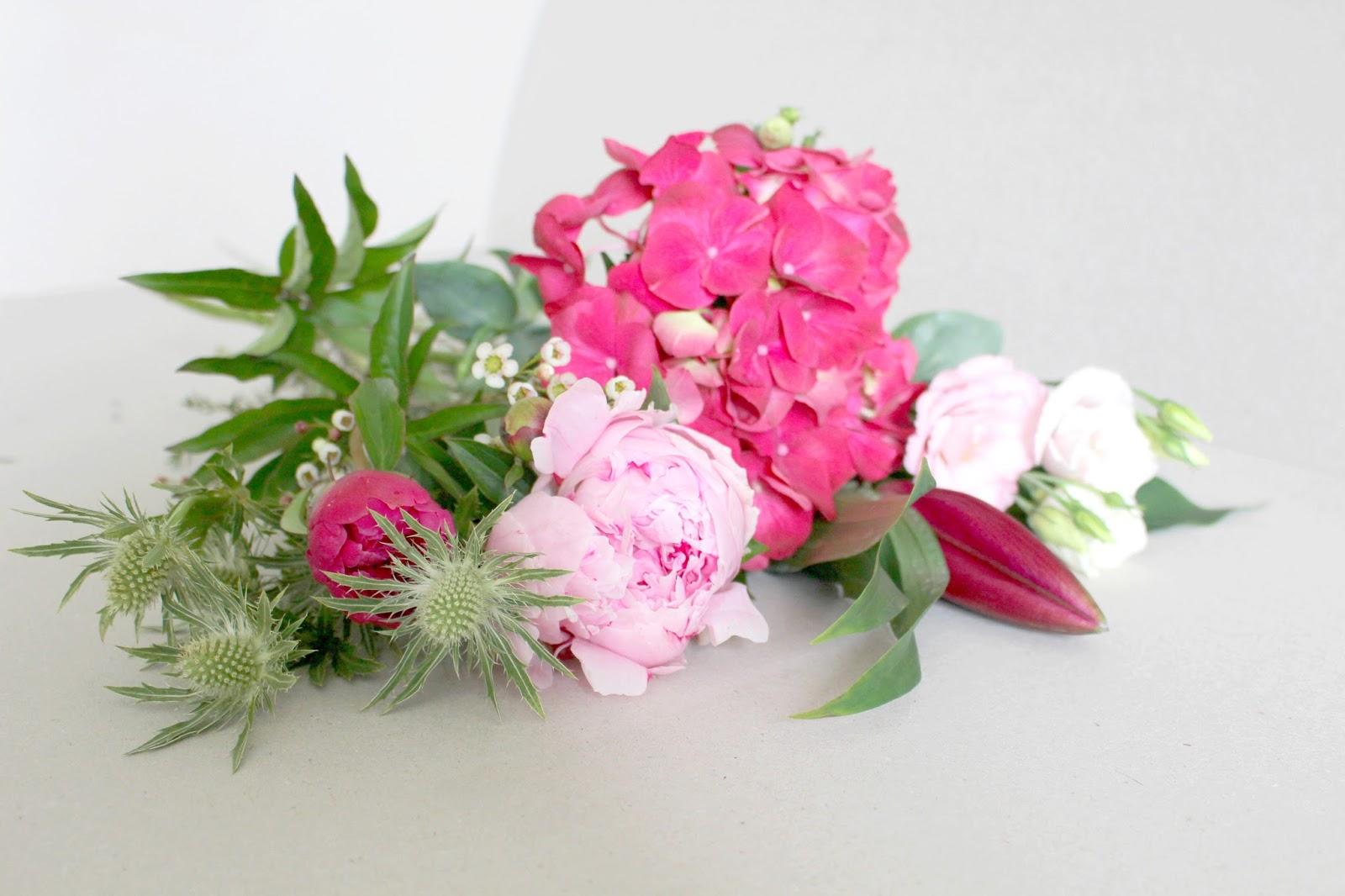 La petite boutique de fleurs fleuriste mariage lyon for Bouquet de fleurs lyon