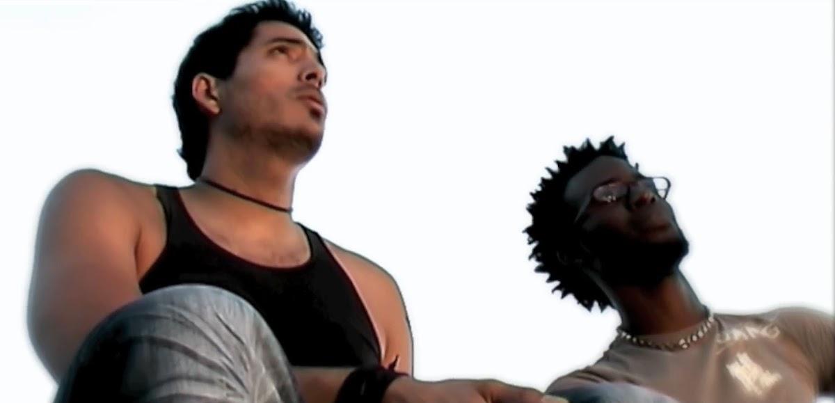 To´mezclao - ¨Ella me tiene loco¨ - Videoclip - Dirección: Lyng Chang. Portal Del Vídeo Clip Cubano