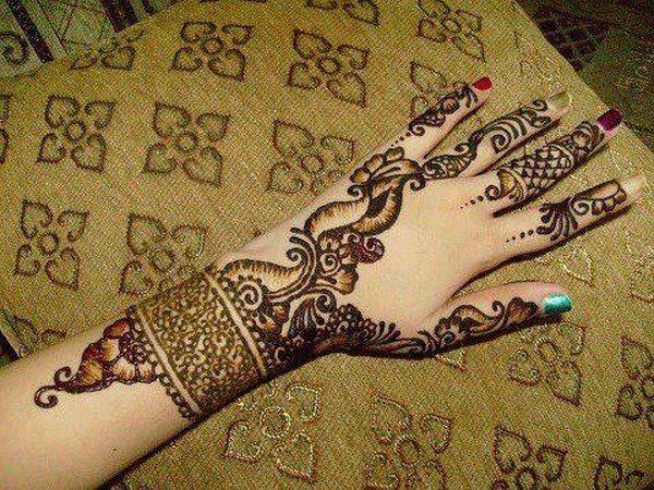 Mehndi Design Photos