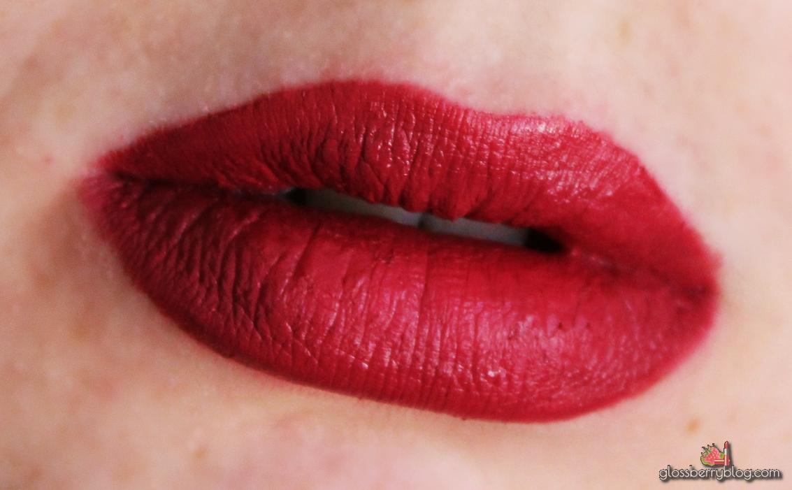 colourpop ultra matte lip lipstick lipcolor scrooge berry sollow review swatchesק קולור פופ קולורפופ שפתון נוזלי מאט סקירה המלצות גלוסברי בלוג איפור וטיפוח