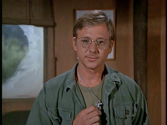 William Christopher Dies: Father Mulcahy Actor On 'M.A.S.H.' Was 84