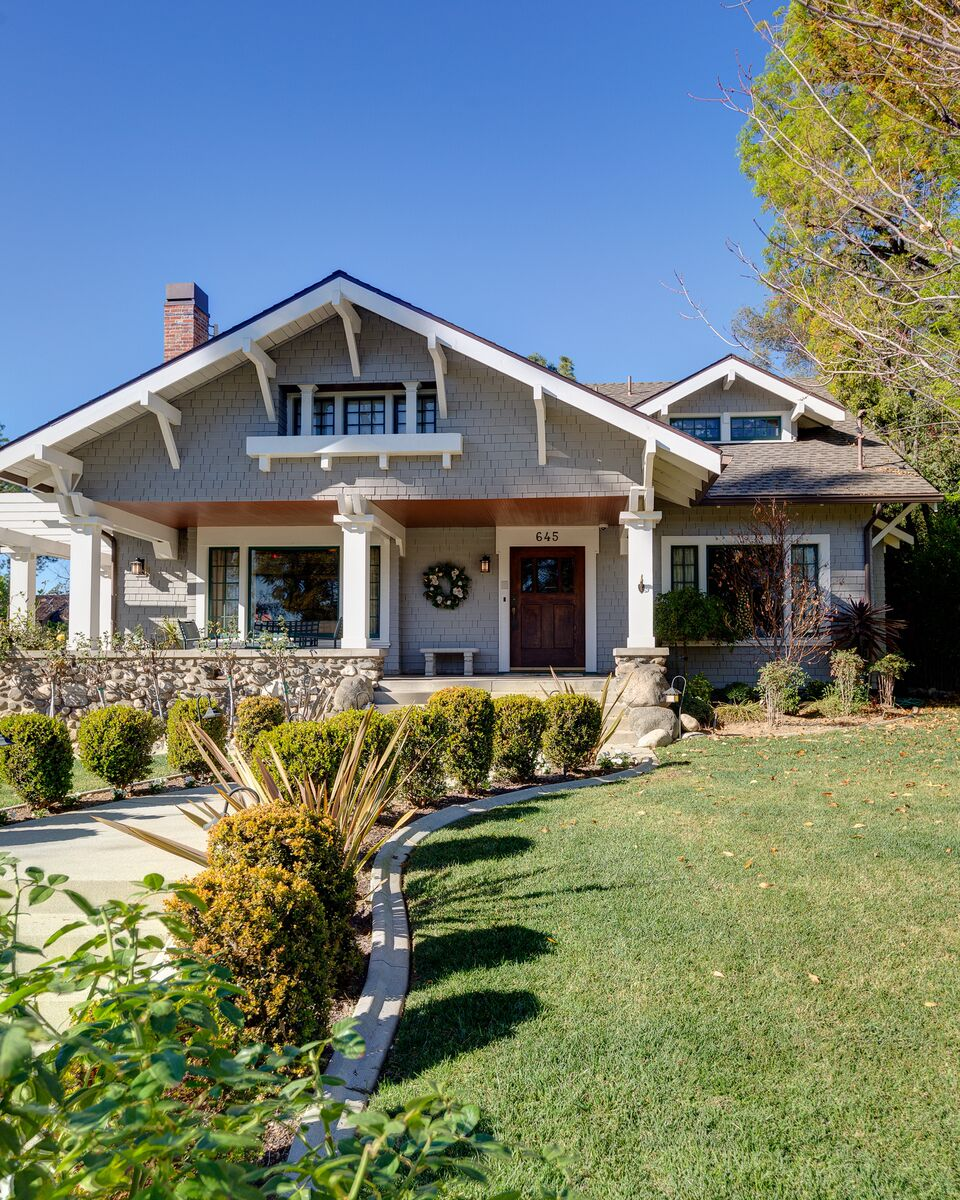A Craftsman Bungalow Has Five Inch Contemporary Neutra Style Numbers Clearly Visible From The Street Don T Interfere With