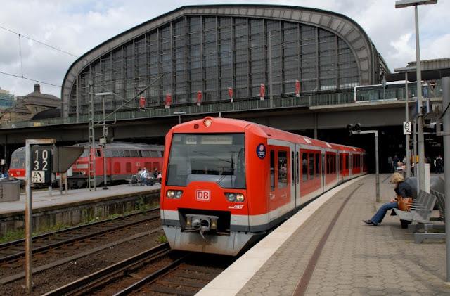 Trem partindo de Hamburgo