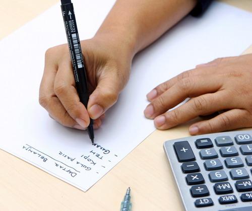 4 tips untuk GEN Z cerdas mengatur uang