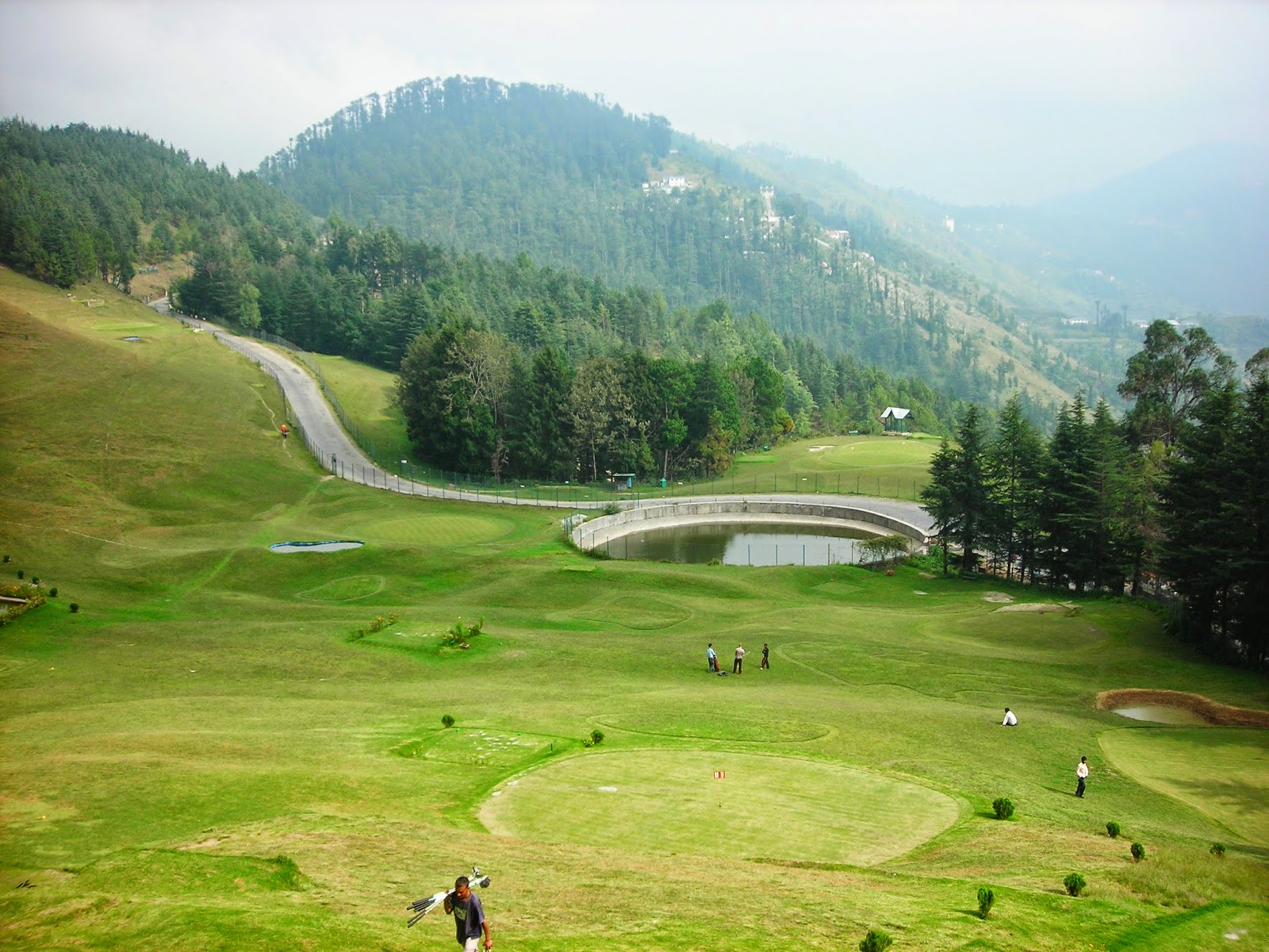 Naldehra, tallest and highest golf courses in the world - Navrang ...