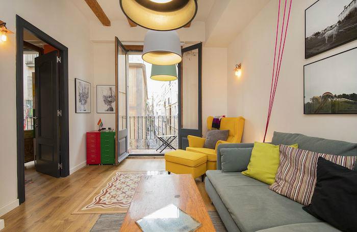 Cómo decorar un apartamento joven con poco dinero, salón