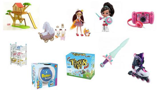 un montón de juguetes y juegos listos para jugar con ellos.