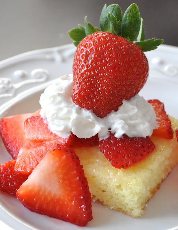 Low Calorie Strawberry Shortcake Angel Food Cake