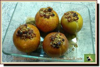 Vie quotidienne de FLaure : Pommes, au four, fourrées de raisins secs et noix