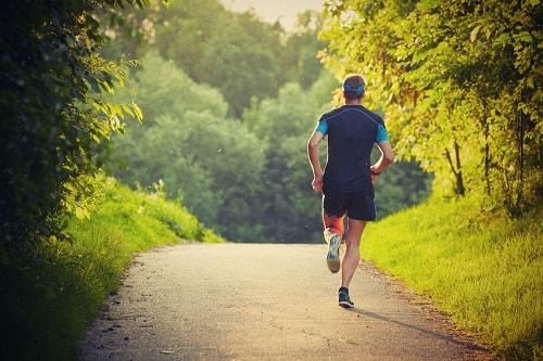 Manfaat Jogging di Pagi dan Sore Hari