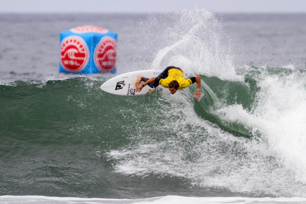 13 Nathan Yeomans USA Mens Vans US Open of Surfing 2015 WSL Chris Pittman   Pacific Surf and Lifestyle