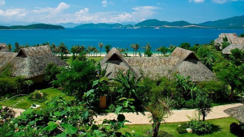 Hòn Tằm Nha Trang resort